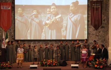 Coro Infantil de la UAEH festeja Día de Muertos 2