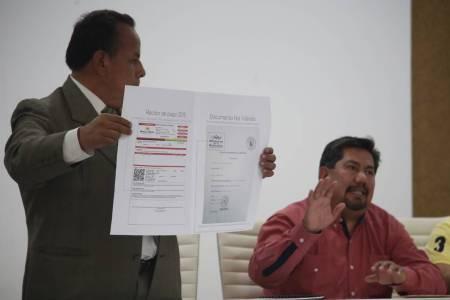 Cumple Pérez Flores, con estatus de 14 licencias de  funcionamiento a FOIDEH1.jpg