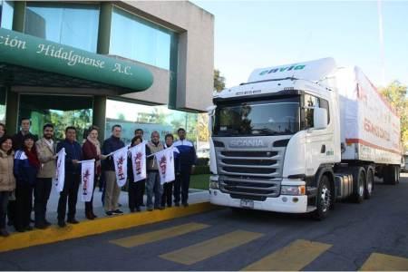 Envía UAEH camión con 30 toneladas de ayuda a damnificados poblanos2