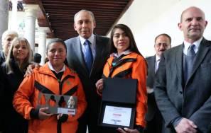 Estudiantes del CECyTE hidalgo ganadoras del Primer Concurso Nacional de Fotografía 1