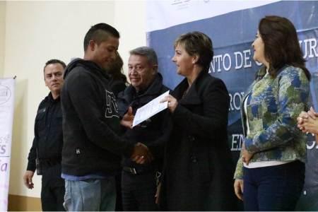 Invierte Alcaldía de Pachuca en agentes de cambio y reintegración social2