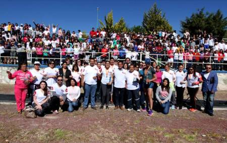 Más de mil 500 participantes en sexta carrera atlética ICSHu2.jpg