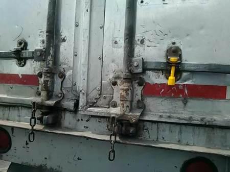 Policía municipal de Tizayuca recupera caja seca de un tracto camión robado en Tulancingo2
