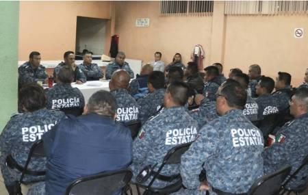 Comisario general encabeza reunión de  evaluación de mandos de Policía Estatal.jpg