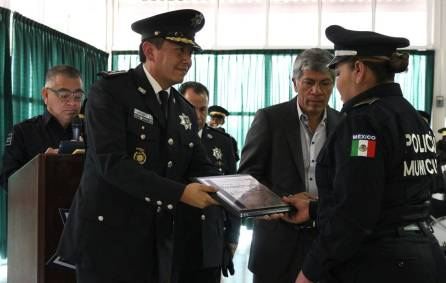 Conmemoran el Día del Policía en Tizayuca y entregan reconocimientos a policías destacados2