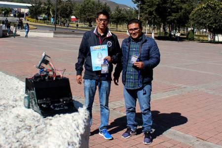 Destacan alumnos de UAEH en concurso internacional de robótica