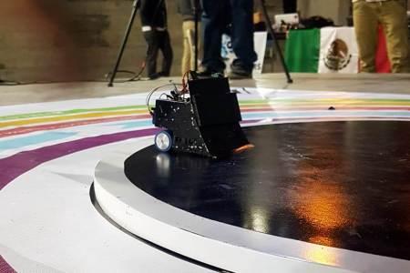 Destacan alumnos de UAEH en concurso internacional de robótica2
