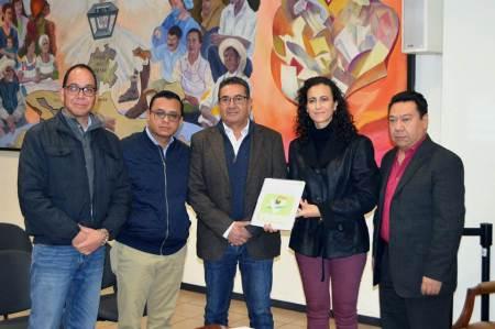 El Partido Verde Ecologista de México (PVEM entrega plataforma electoral al IEE