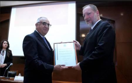 Embajador de Hungría visita la UAEH2