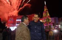 Encabeza Omar Fayad, encendido del árbol navideño en Zacualtipán4