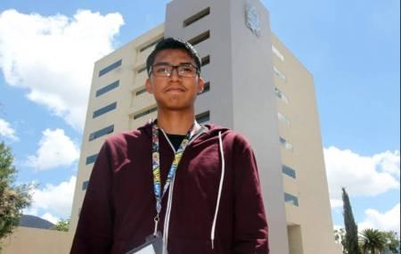 Estudiante de prepa 1 gana Olimpiada Mexicana de Historia.jpg