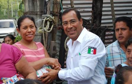 Gerente de Liconsa en Hidalgo realiza gira de trabajo en la Huasteca hidalguense 3