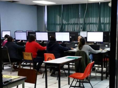 Hidalgo y sus maestros cumplen con la evaluación.jpg