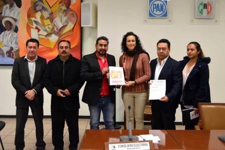 IEE recibió la Plataforma electoral del Partido del Trabajo (PT)
