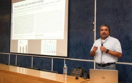 Maximino Aldama dicta conferencia en ICBI2
