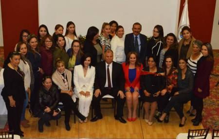 Mujeres Empresarias de Hidalgo reciben plática antiextorsión 1.jpg