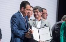 Omar Fayad entrega reconocimientos y certificados a servidores públicos municipales6