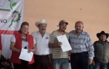 Otorgan certeza jurídica a 106 ejidatarios de Villa Aquiles Serdán2