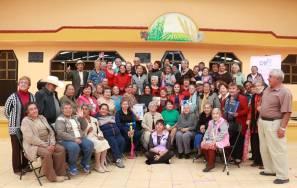 Promueven festejos navideños entre adultos mayores de Mineral de la Reforma 2