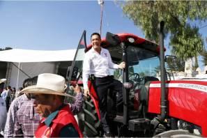 Trabajando por el campo, Hidalgo Crece Contigo, Omar Fayad