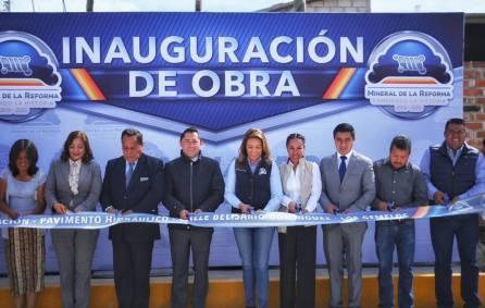Alcalde Raúl Camacho inaugura pavimentaciones hidráulicas en Los Gemelos y Apepelco 4