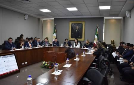 Ante diputados, titular de Sedeco explica alcances del paquete legislativo para los hidalguenses 1