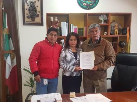 Ayuntamiento y CECATI NO 47 realizan firma de convenio  en beneficio de los jóvenes tizayuquenses1.jpg