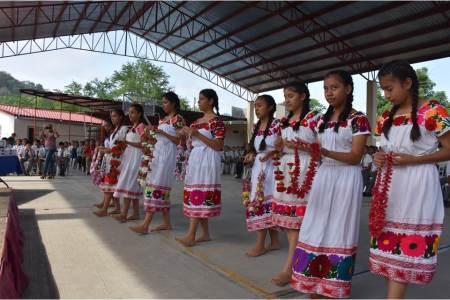 Capacita CELCI a intérpretes y traductores de lenguas indígenas en Hidalgo