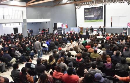 Gobierno de Hidalgo acerca programas Mi primer empleo, mi primer salario 4