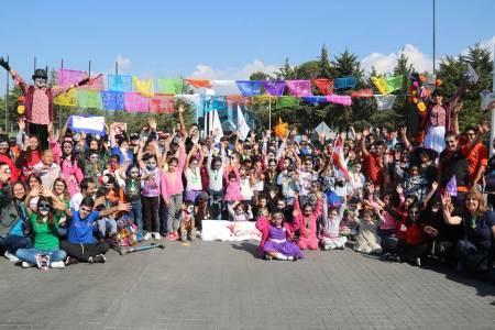 Programa universitario fomenta educación integral de niños