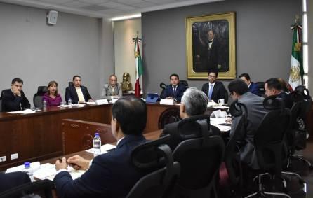 Ante diputados locales, titular de Sedeco detalla alcances de la ley de alianzas productivas de inversión propuesta por el gobernador Fayad2