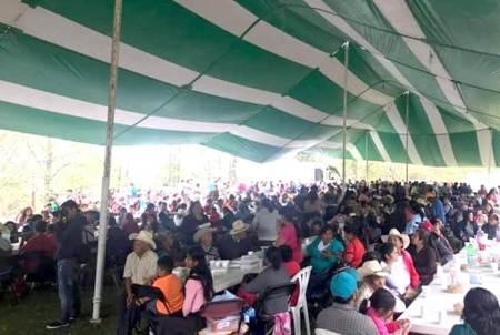 Celebra el 33 aniversario del Día de la Amistad en Chapulhucán