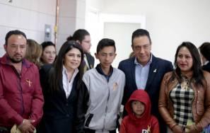 """El gobernador Omar Fayad inaugura Comedor """"Iluminando Vidas"""" Amanc Hidalgo4"""