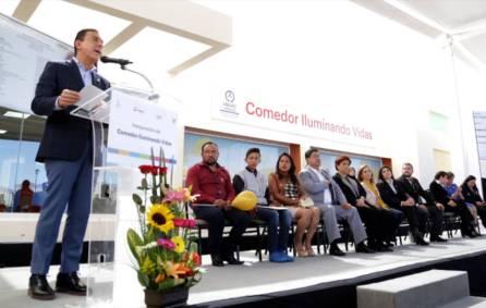 """El gobernador Omar Fayad inaugura Comedor """"Iluminando Vidas"""" Amanc Hidalgo6"""