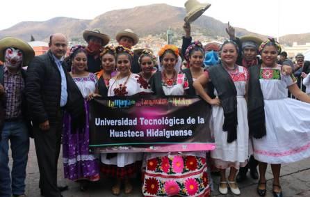 """Estudiantes de la UTHH participan en la """"Magia del Carnaval de Hidalgo 2018""""1"""