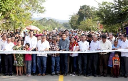 Hidalgo crece con obras que benefician a todas las familias de Hidalgo1