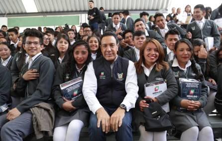 Hidalgo, primera entidad en alcanzar cobertura total de libros de texto gratuito para nivel Medio Superior9