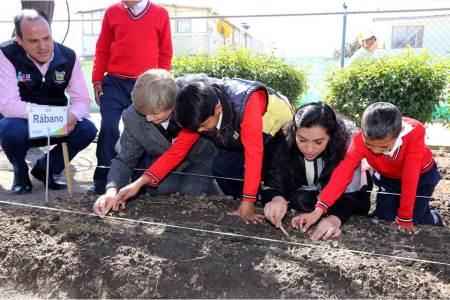 """Inauguran Espacio de Alimentación Encuentro y Desarrollo """"Caritas felices"""" en comunidad de Apan2.jpg"""