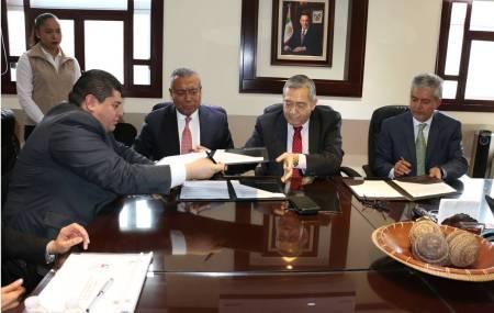 La Secretaría de Gobierno firma convenio de colaboración con la Delegación Estatal del ISSSTE2.jpg
