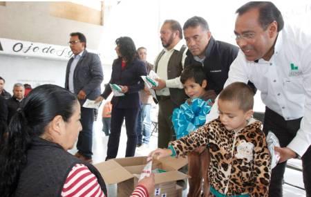 Manuel Sánchez apertura lechería Liconsa en Ojo de Agua del municipio de Tepeji del Río