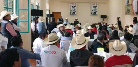 Más cerca las oportunidades de desarrollo al sector campesino2