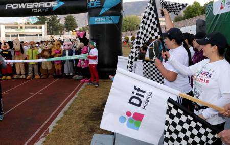 Realizan Carrera Atlética Ayudatón 2018.jpg