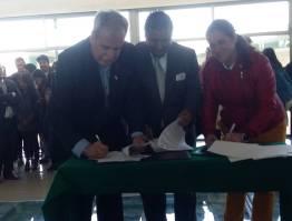Realizan firma de convenios, Movilidad internacional y reconocimiento de alumnos destacados UTVAM3
