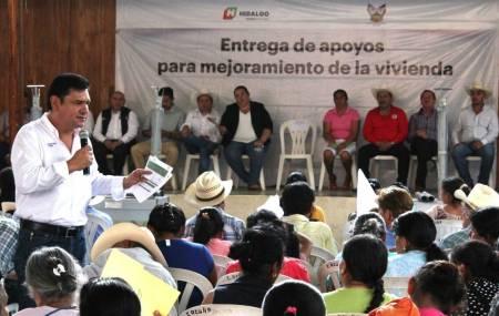 Sedeso entrega acciones de vivienda en la Sierra Gorda2.jpg