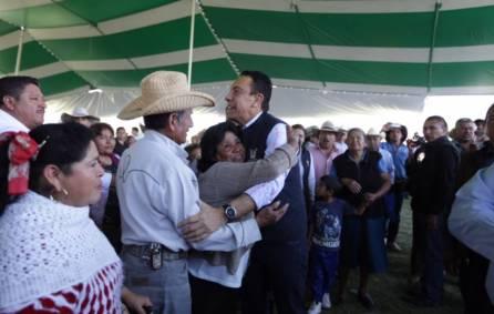 títulos agrarios para dar tranquilidad a las familias en la región de Tezontepec de Aldama4
