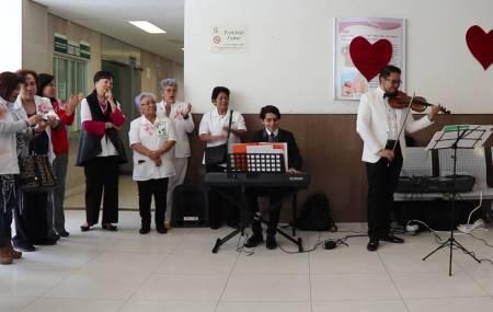 Voluntariado del IMSS Hidalgo festeja el día del amor y la amistad.jpg