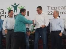 Alfonso Delgadillo acompaño a las autoridades estatales y federales en la inauguración de la Sexta Feria Nacional del Empleo6