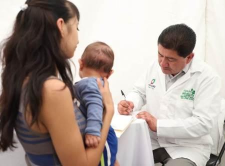 Brigadas CRECCCE llevan atención médica especializada para habitantes del Valle del Mezquital