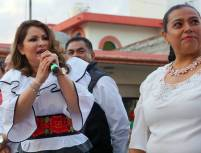 Emilse Miranda Munive se registra ante el INE por Tulancingo5