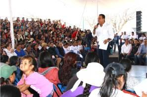 En Hidalgo se trabaja firmemente para abatir la pobreza y las carencias de la gente, Omar Fayad